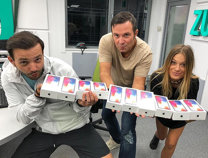 10 iPhone X la 10 ani de ZU pe 01.10. 10 câștigători, unul poți fi chiar TU!