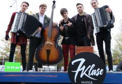 7 Klase cântă LIVE în parcarea Radio ZU