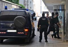 Zeci de români – cercetați pentru că luau credite cu acte false, în străinătate
