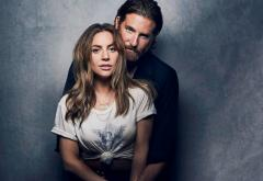 """Video: Lady Gaga și Bradley Cooper au cântat """"Shallow"""" pentru prima dată live"""