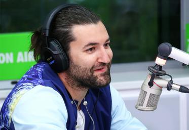 """""""Oficial îmi merge bine"""",piesă cântată live de Smiley în Morning ZU"""