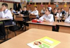 Este oficial: elevii din Bucureşti nu vor face ore vinerea asta