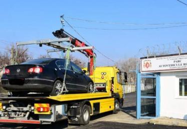 Începe ridicarea mașinilor parcate neregulamentar în București