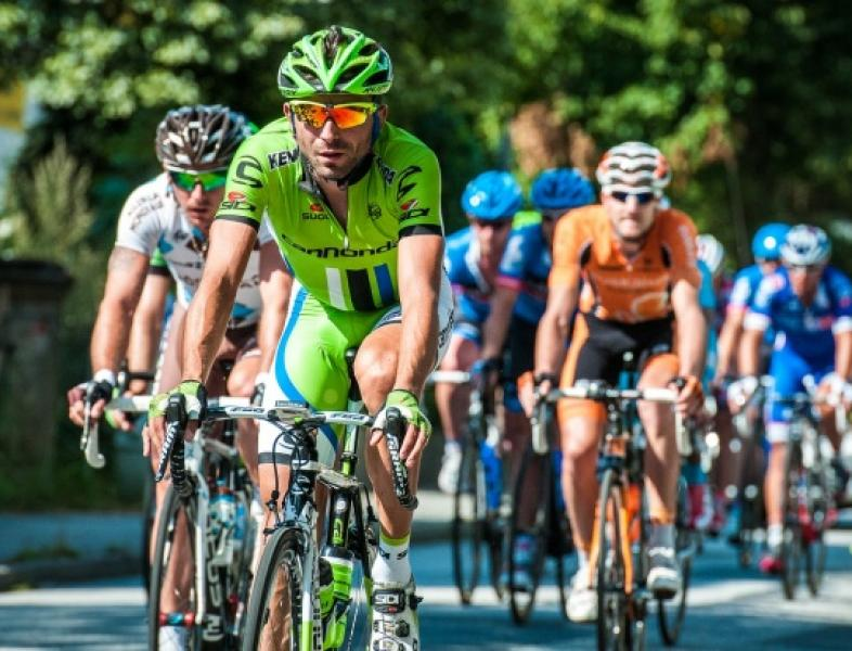 A început Turul României la ciclism
