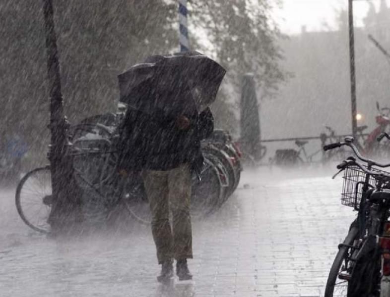 Cod roşu de ploi şi vânt în Spania