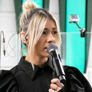 """LIVE în Morning ZU: Alina Eremia cântă în premieră """"Printre cuvinte"""""""