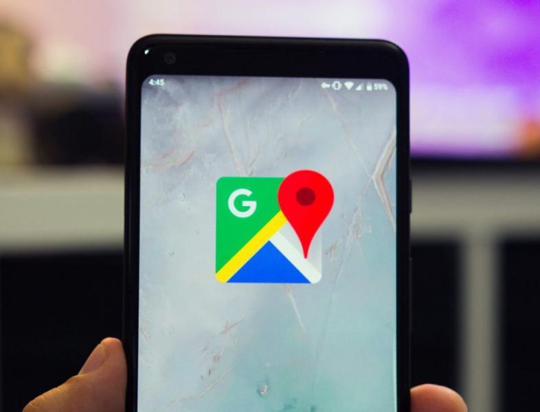 Utilizatorii Google Maps vor putea semnala radarele, la fel ca pe Waze