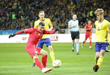 Suedezii se tem de suporterii români