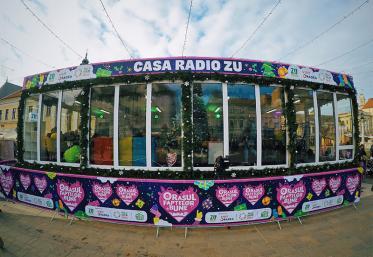 Turul Casei Radio ZU din Orașul Faptelor Bune