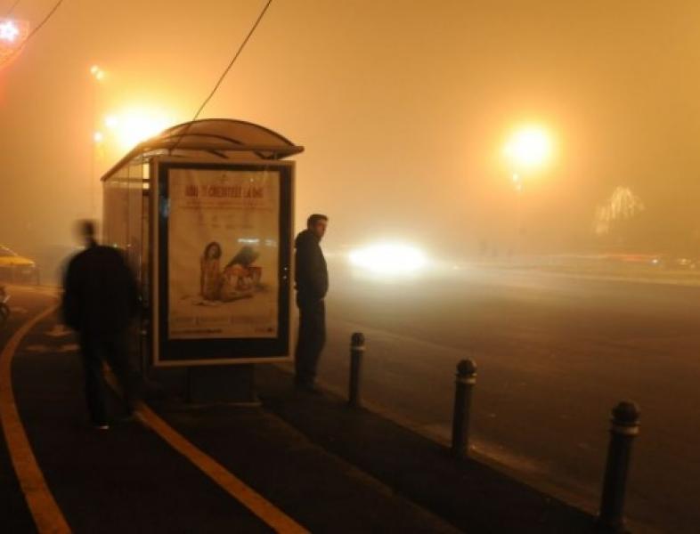 Traficul rutier şi aerian – în ceaţă