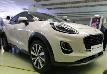 Ford face rechemări în România