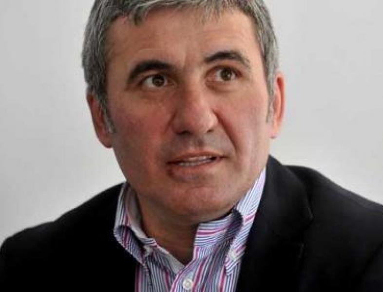 Figuri importante ale sportului îi îndeamnă pe români să stea acasă
