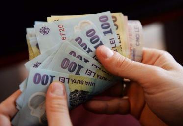 Ajutor financiar de la Guvern pentru salariați și angajatori