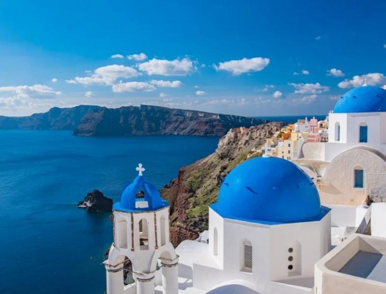 Românii vor putea merge în vacanțe in Grecia