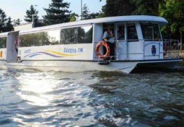 Timișoara reia, începând de sâmbătă, transportul cu vaporșele pe Bega