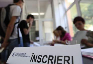Elevii se pot înscrie, începând de astăzi, ca să dea examenul de Bacalaureat