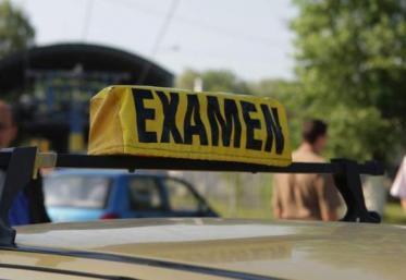 Bucureștenii nu mai pot da, deocamdată, examenul pentru carnetul auto