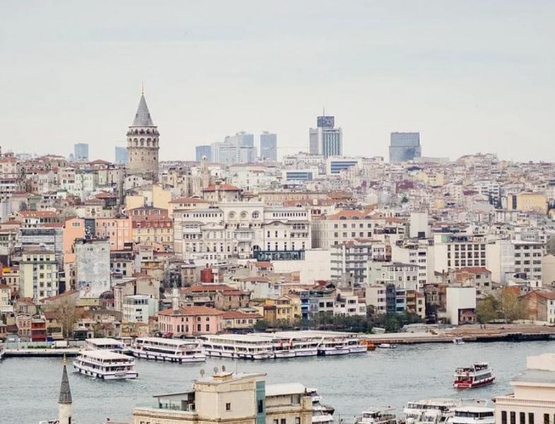 Turiștii români pot călători în Turcia, fara ca, la întoarcere, să intre în izolare
