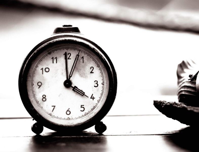 În weekend vom dormi mai mult…în noaptea de sâmbătă spre duminică, trecem la ora de iară