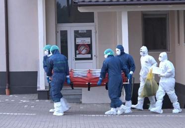Reguli noi pentru suspecții de coronavirus dar și pentru pacienții confimați