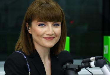 Alexandra Ungureanu, live în studio cu hiturile care au făcut-o celebră