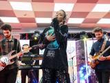 Alina Eremia - Inimă nu fi de piatră (Corina Chiriac) (Live la Marea Iubire ZU)