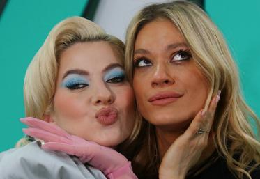 """LIVE: Lidia Buble cântă """"Intens"""" alături de Emma"""