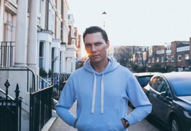 "Tiësto, pe primul loc în top Most Wanted cu ""The Business"""
