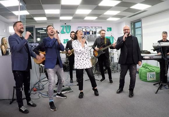 """Andra și 3 Sud Est, live în studio cu hitul """"Jumătatea mea mai bună"""""""