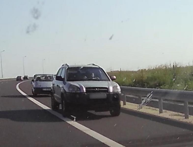 Mai mulți șoferi au rămas fără permis de conducere după ce au circulat pe contrasens pe Autostrada Soarelui