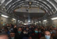 27 de români așteaptă să plece din Afganistan