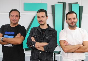 Premieră LIVE: Cel mai viral TikToker din România, Dael Damșa, în studioul ZU
