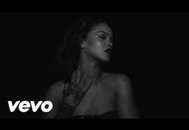 Rihanna - Kiss It Better   VIDEOCLIP