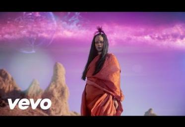 Rihanna - Sledgehammer   VIDEOCLIP