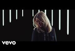 Ellie Goulding - Still Falling For You   VIDEOCLIP