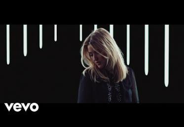Ellie Goulding - Still Falling For You | VIDEOCLIP