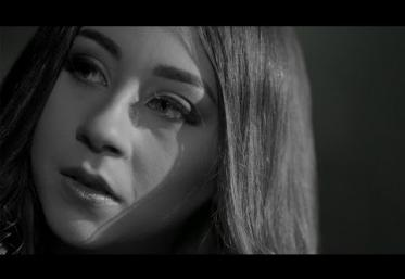 Nicole Cherry - Cuvintele tale | VIDEOCLIP