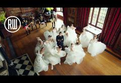 Robbie Williams - Party Like A Russian   VIDEOCLIP
