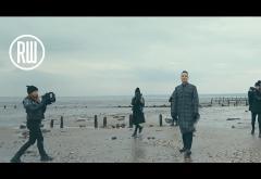 Robbie Williams - Love My Life | VIDEOCLIP