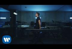 Charlie Puth - Attention | VIDEOCLIP