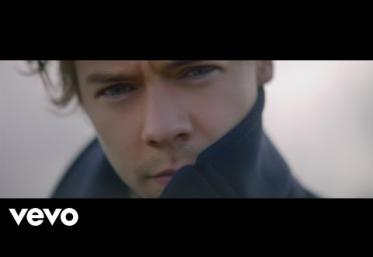 Harry Styles - Sign of the Times   VIDEO + VERSURI