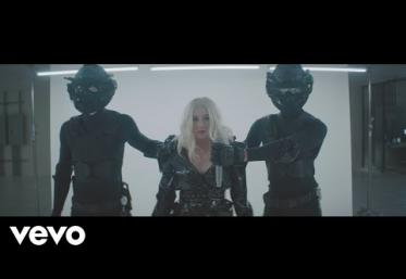 Christina Aguilera - Fall In Line ft. Demi Lovato | VIDEOCLIP