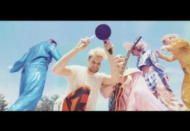 Sofi Tukker feat. Charlie Barker - Good Time Girl   VIDEOCLIP