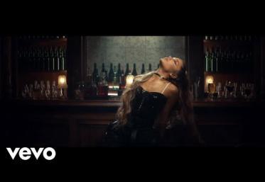 Ariana Grande - Breathin | VIDEOCLIP