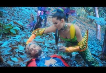 Sofi Tukker - Fantasy   videoclip