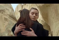 Kadebostany - Mind If I Stay | videoclip