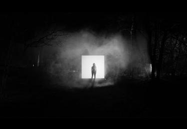 Martin Garrix, Matisse & Sadko feat. Alex Aris - Mistaken | videoclip