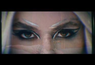 Ava Max - Torn | videoclip