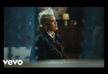 P!nk  ft. Khalid - Hurts 2B Human | videoclip
