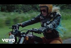 Katy Perry - Harleys In Hawaii | videoclip